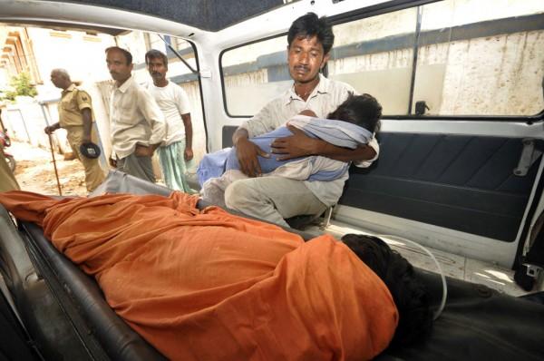 130717-india-sick-kids-01