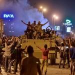 Cơn địa chấn trong lực lượng Hồi giáo của thế giới Arập