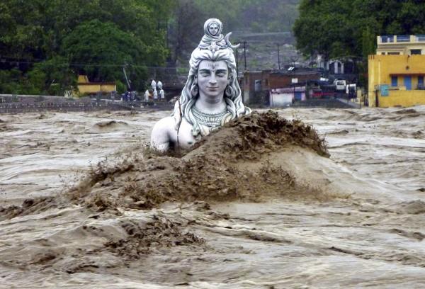 2013june-india-uttarakhand-flash-floods-06