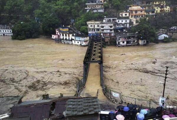 2013june-india-uttarakhand-flash-floods-07