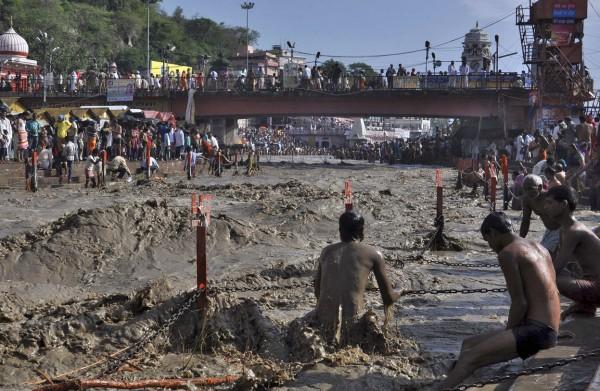 2013june-india-uttarakhand-flash-floods-08