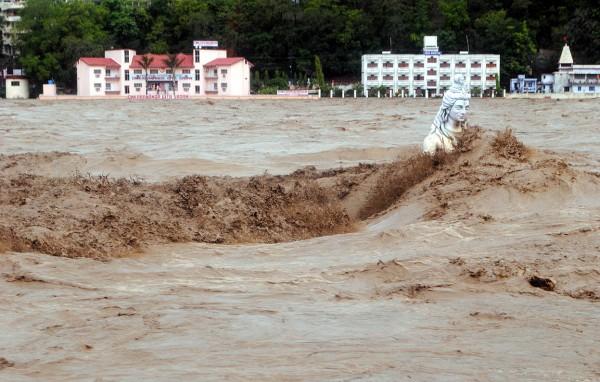 2013june-india-uttarakhand-flash-floods-11