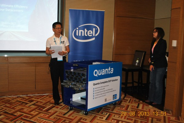 130820-intel-bigdata-cloud-summit-hcm-002-2000