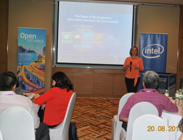 130820-intel-bigdata-cloud-summit-hcm-015-2000