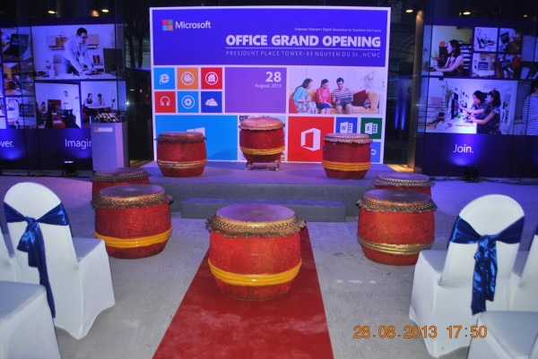 130828-php-microsoft-opening-new-office-hcm-04_resize