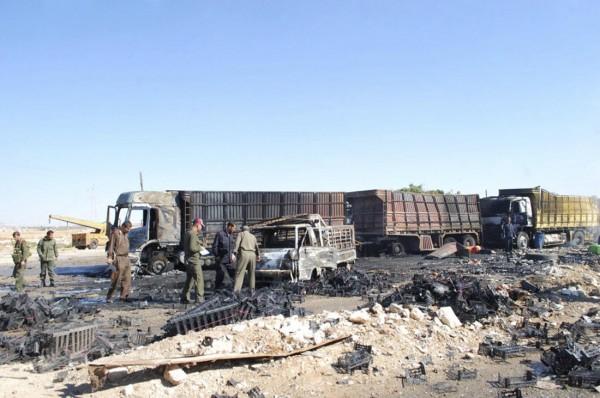 131020-syria-hama-truck-suicide-attack-02