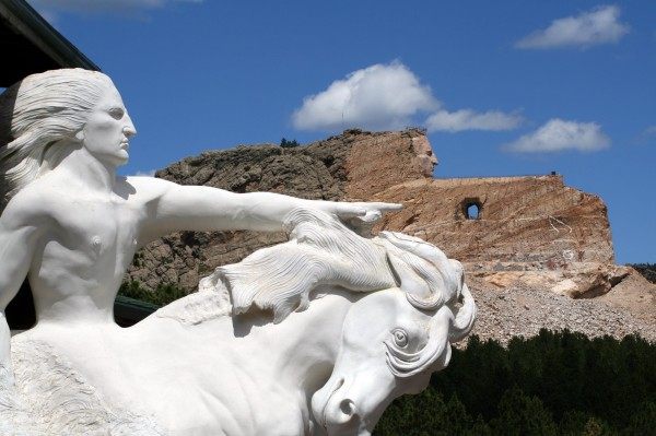 south-dakota-crazy-horse-monument_resize