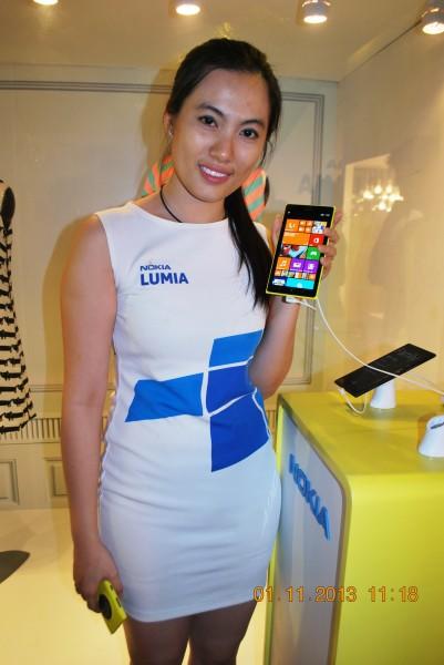 131101-phphuoc-nokia-lumia-1520-hcm-097_resize