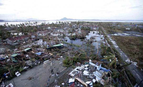 131109-supertyphoon-haiyan-philippines-01
