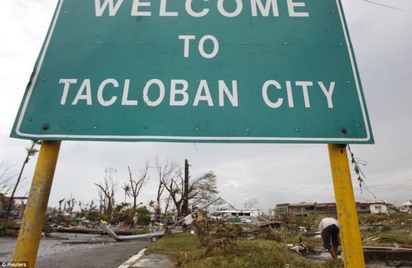 131109-supertyphoon-haiyan-philippines-03