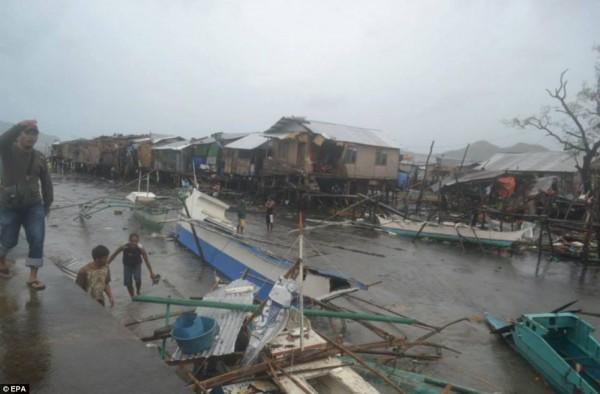 131109-supertyphoon-haiyan-philippines-05
