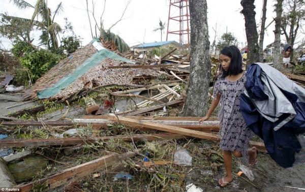 131109-supertyphoon-haiyan-philippines-07