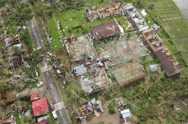 131109-supertyphoon-haiyan-philippines-31