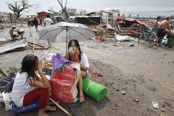 131109-supertyphoon-haiyan-philippines-36