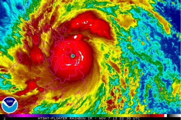 131109-supertyphoon-haiyan-philippines-50