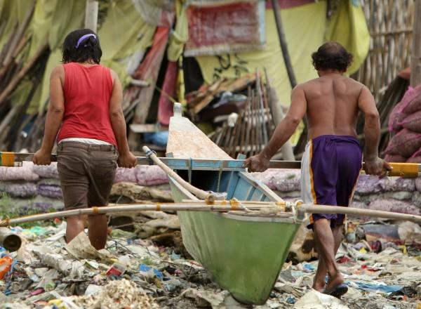 131109-supertyphoon-haiyan-philippines-55