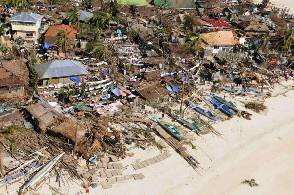 131109-supertyphoon-haiyan-philippines-59