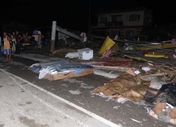 131109-supertyphoon-haiyan-philippines-leyte-08