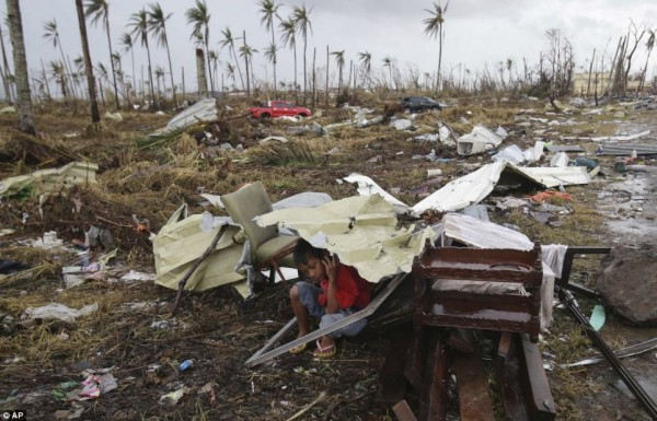 131111-supertyphoon-haiyan-philippines-tacloban-118