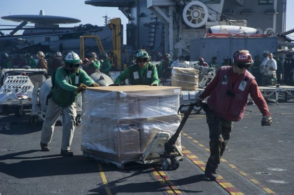 131115-philippines-typhoon-haiyan-USS George Washington aircraft-carrier-05