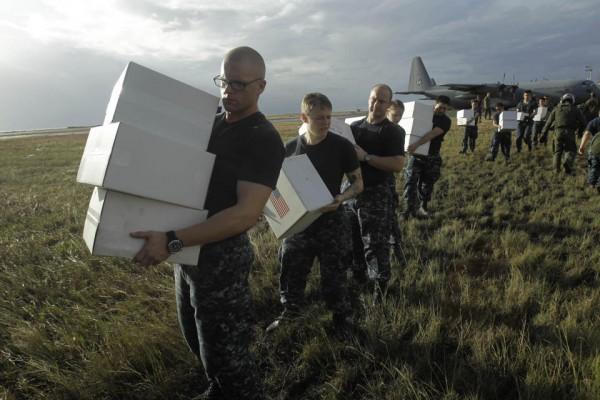 131116-philippines-typhoonhaiyan-tacloban-us-001