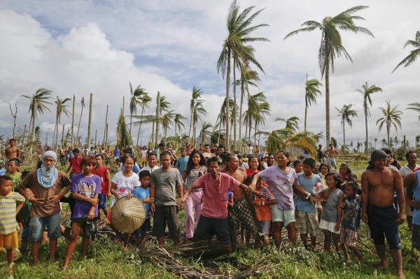 131117-philippines-typhoonhaiyan-tacloban-005