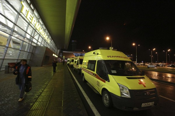 131117-russia-kazan-plane-crashed-airport-02