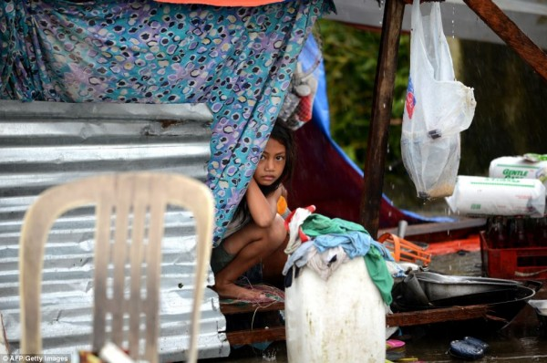 2013nov-philippines-typhoon-haiyan-tacloban-2