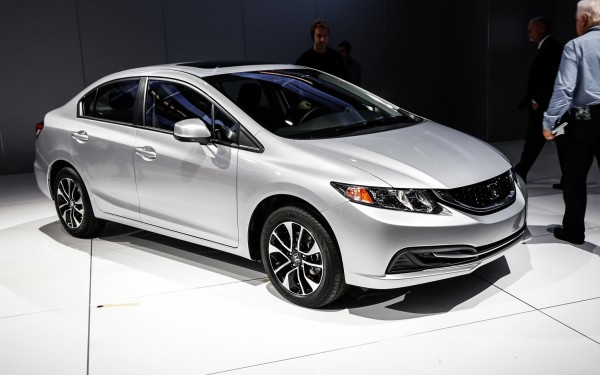honda-civic-2013-front