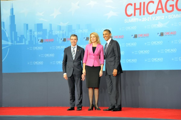Official greeting by the NATO Secretary General and the President of the United States of Heads of State and Government