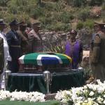 Ông Mandela đã an nghỉ trong lòng đất quê hương