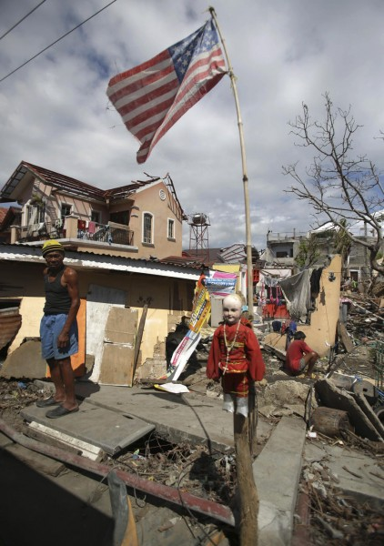 philippines-typhoon-haiyan-tacloban-131208-03