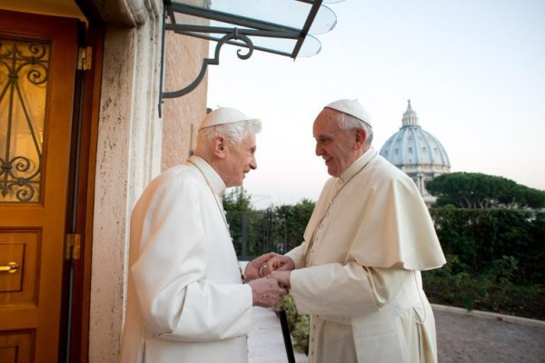 vatican-pope-benedict-pope-francis-2013march