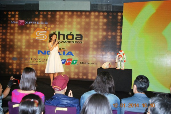 140112-phphuoc-sohoa-tech-awards-2013-008_resize