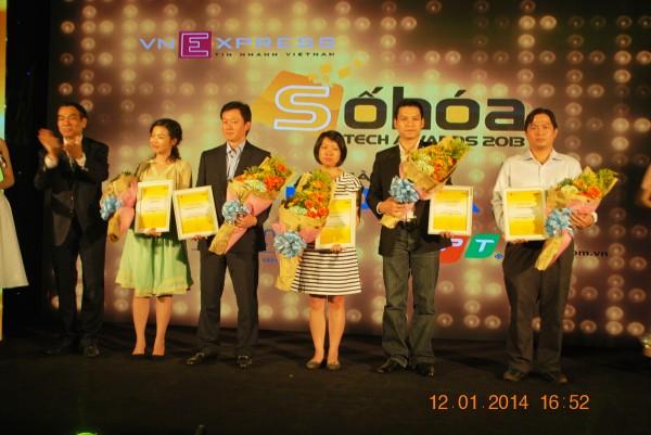 140112-phphuoc-sohoa-tech-awards-2013-058_resize