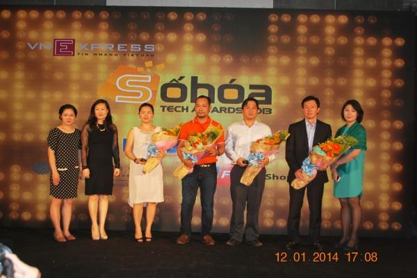 140112-phphuoc-sohoa-tech-awards-2013-088_resize