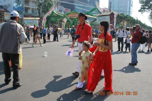 140129-phphuoc-duonghoa-nguyenhue--sg-tetgiapngo-228_resize