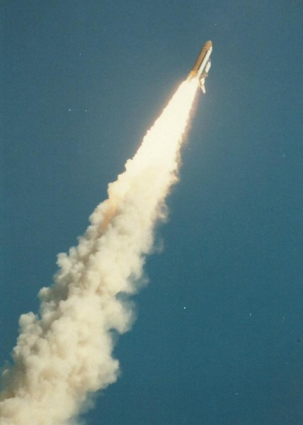 1986_01_28_challenler-shuttle_hindes-11