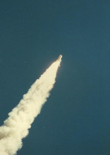 1986_01_28_challenler-shuttle_hindes-13