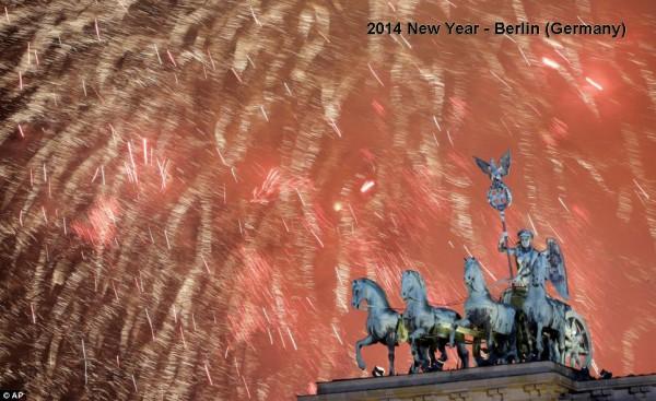 2014-new-year-fireworks-berlin