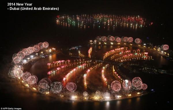 2014-new-year-fireworks-dubai