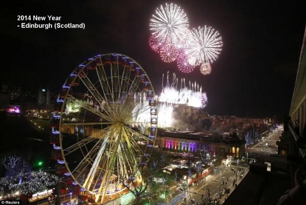 2014-new-year-fireworks-edinburgh-scotland