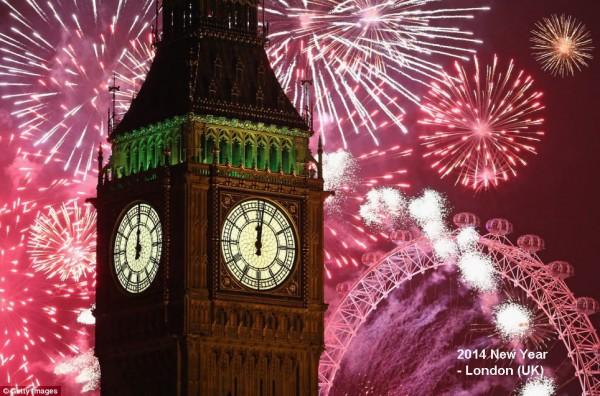 2014-new-year-fireworks-london-05