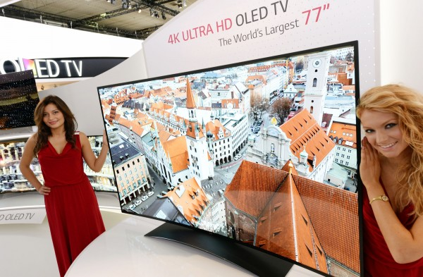 LG-77-Zoll-Ultra-HD-Curved-OLED-TV