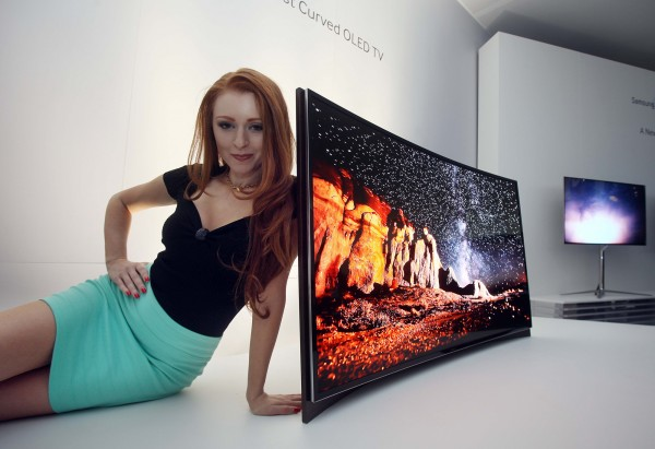 samsung-Curved-OLED_TV-2000