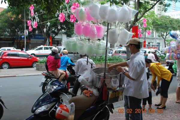 140202-phphuoc-saigon-mungbatet-giapngo-018_resize