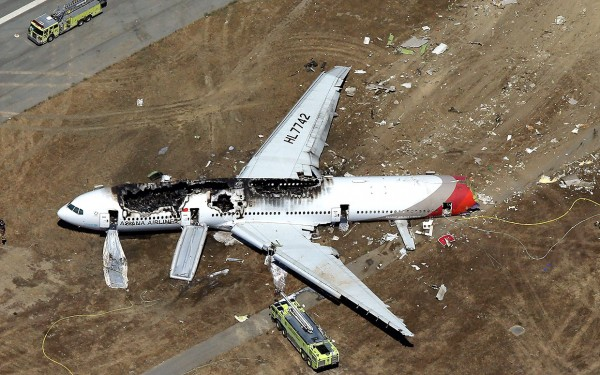 crashed-asiana-airlines-sf-2013