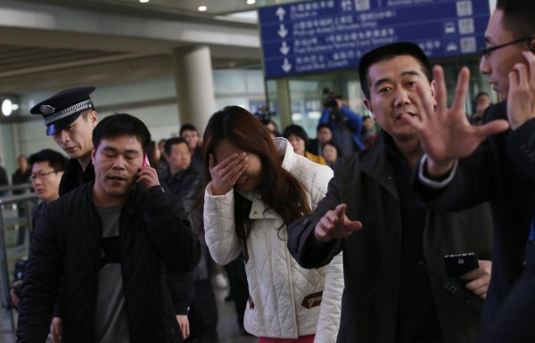 140308-missing-flight-kualalumpur-beijing-airport-03