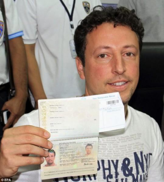stolen-passport-maraldi