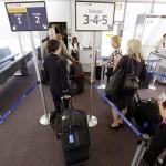 Các hãng hàng không Mỹ bắt đầu tận thu cước hành lý xách tay